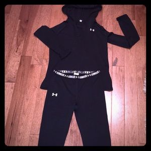 Under Armour Sm heat gear hoodie & Capri pants
